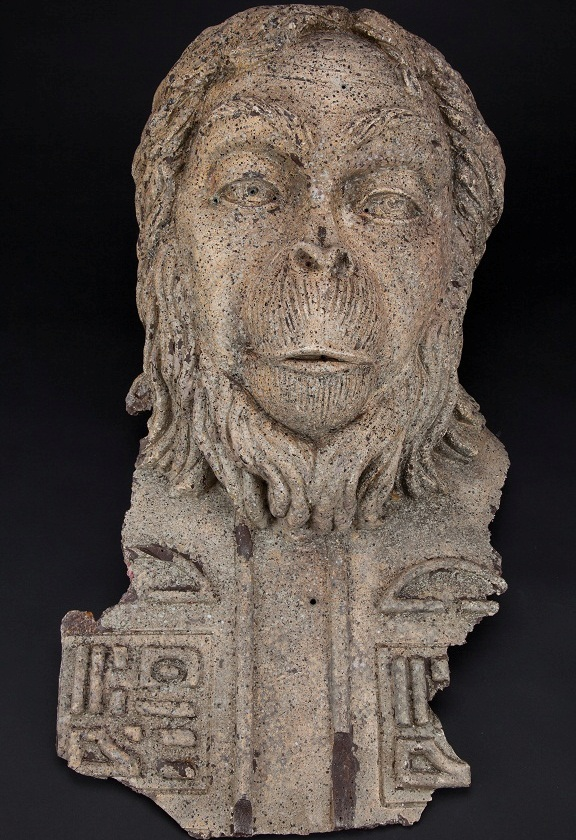 Beneath the Planet of the Apes Bleeding Lawgiver statue