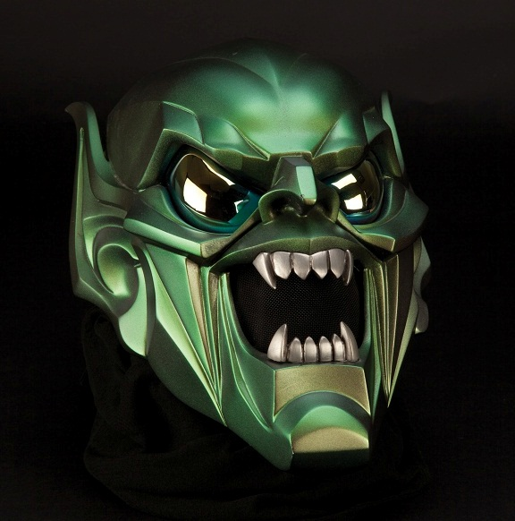 Green Goblin mask worm by William Dafoe in Spider-Man