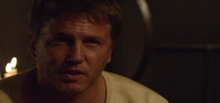 Mysterious Island - Lochlyn Munro as Captain Cyrus Harding