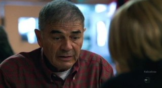 Alcatraz S1x05 - Robert Forster as Uncle Ray