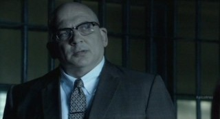 Alcatraz S1x08 - Warden James knows the truth about McKee