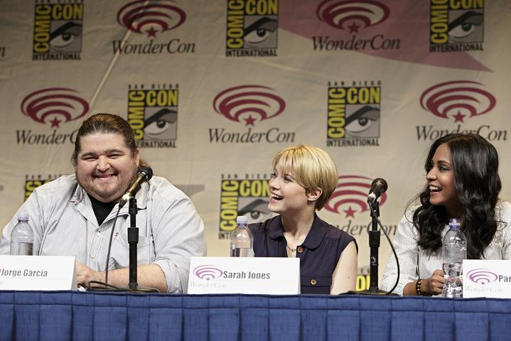 WonderCon 2012 Interview with Jorge Garcia and Sarah Jones of Alcatraz!