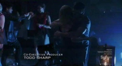 Alphas S2x08 - Kat gets a hug from Dylan at the rave