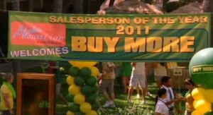 Chuck S5x04 - Buy More Salesperson of the Year convention