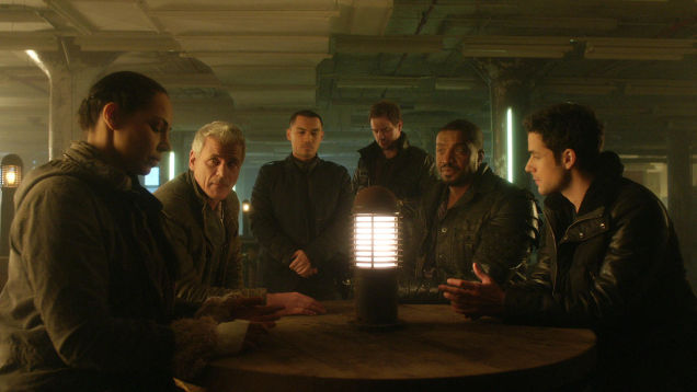 Dark Matter S01x02 At the party