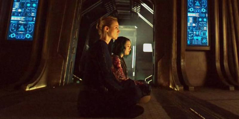 Dark Matter S01x02 Five and Android talk