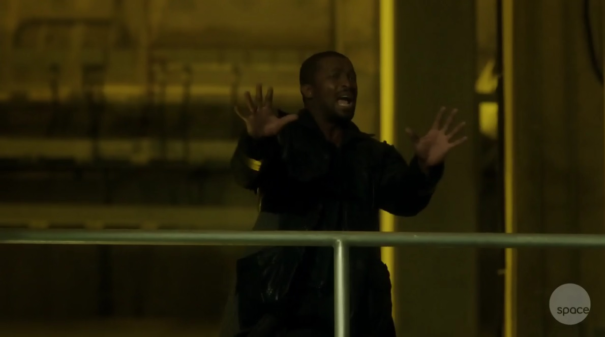 Dark Matter S01x02 Six does not want to be shot by buddies