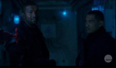 Dark Matter S01x05 Six wants to have a look around