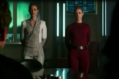 DarkMatter S2x10 Android and simulated Android