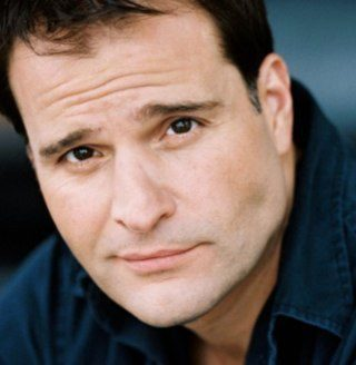 Click to visit and follow Peter DeLuise on Twitter!