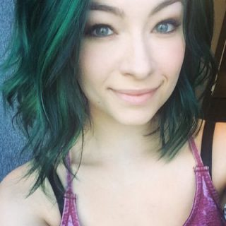 Click to visit and follow Jodelle Ferland on Twitter!