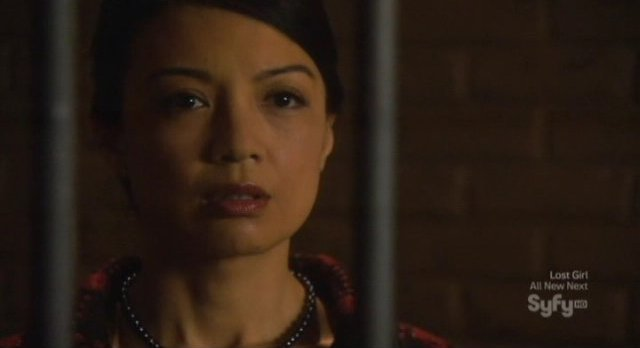 Eureka S5x03 - Senator Wen in virtual jail
