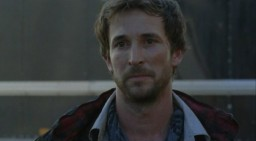 Falling Skies S1x02 - Noah Wyle as Tom Mason