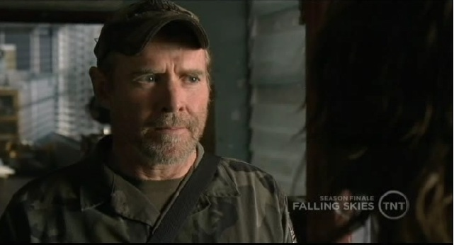 Falling Skies S1x09 Captain Weaver