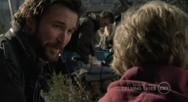 Falling Skies S1x10  Tom and Matt talking