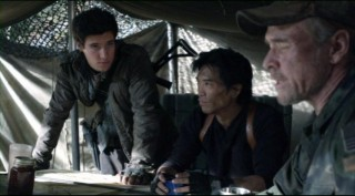 Falling Skies S2x01 Drew Roy with Peter Shinkoda and Will Patton