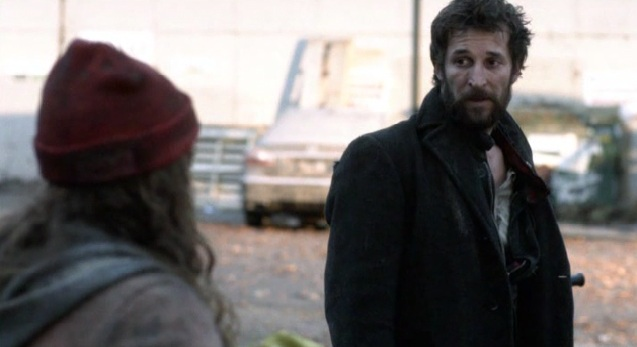 Falling Skies S2x01 The girl and Tom talking