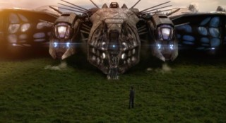 Falling Skies S2x01 The space ship