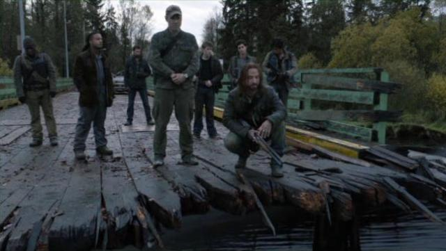 Falling Skies S2x02 At the bridge