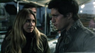 Falling Skies S2x03 - Building romance between Sarah Sanguin Carter as Maggie and Drew Roy as Hal