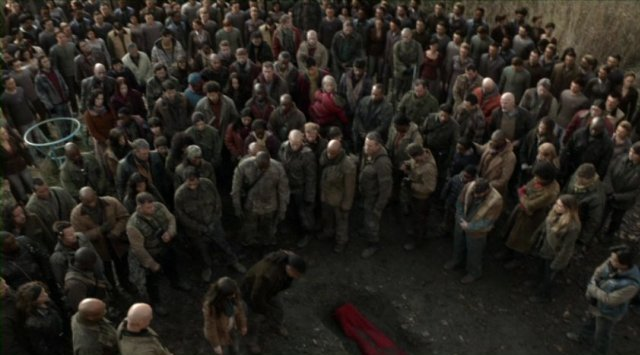 Falling Skies S2x03 - Great camera angles