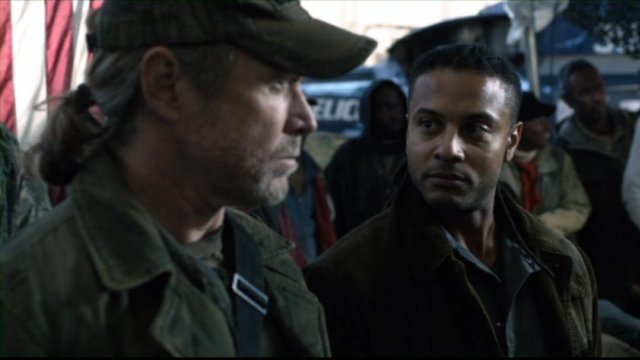 Falling Skies S2x03 - Will Patton as Captain Weaver with Brandon Jay McLaren as Jamil
