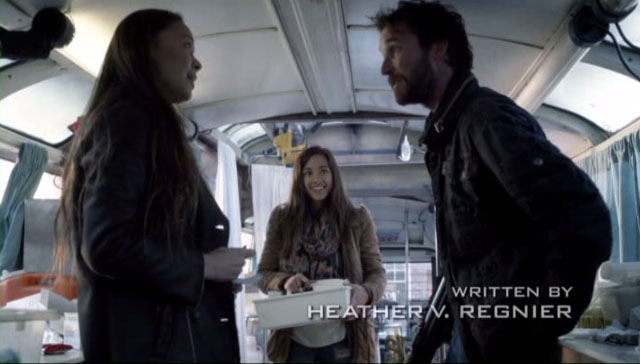Falling Skies S2x04 - Lourdes interrupts Tom and Anne