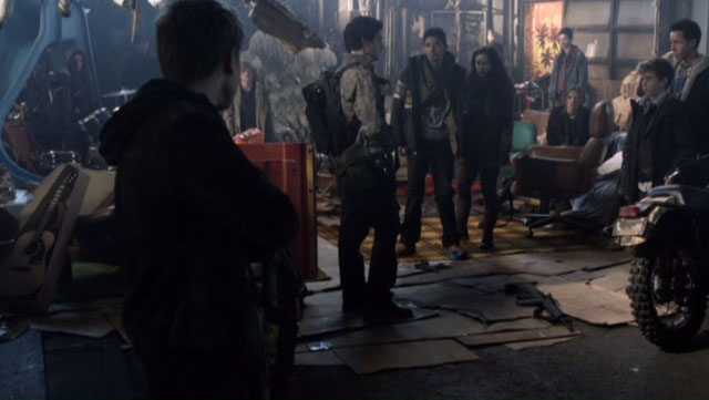 Falling Skies S2x04 - Meeting the Kids