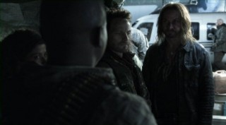 Falling Skies S2x03 - John Pope and Anthony get ready to leave the Berserkers