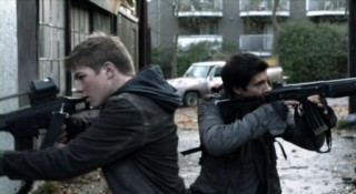 Falling Skies S2x04 - Ben and Hal on Skitter patrol