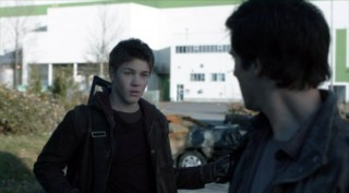 Falling Skies S2x04 - Hal tells Ben the death of Jimmy not his fault