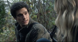 Falling Skies S2x05 Hal and Maggie talking