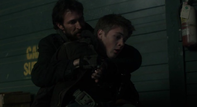 Falling Skies S2x05 Tom holding Ben