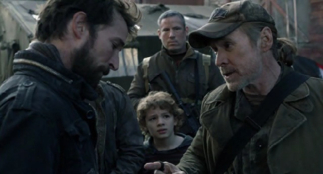 Falling Skies S2x05 Weaver giving orders
