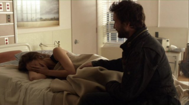 Falling Skies S2x06 - Did Anne and Tom enjoy post apocalyptic bliss