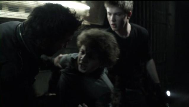 Falling Skies S2x07 Tom finds Matt 15
