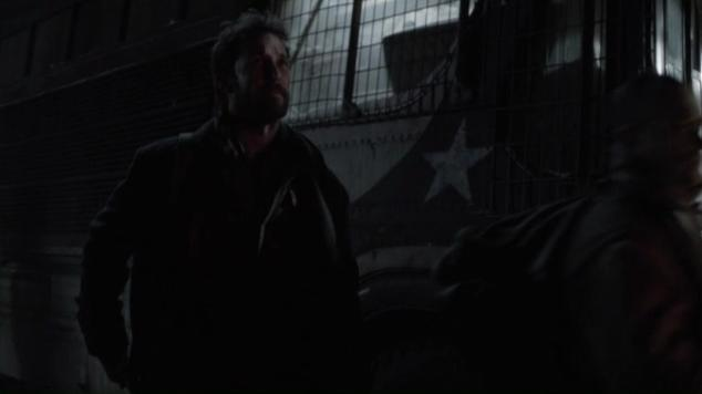 Falling Skies S2x07 Tom leavin 34
