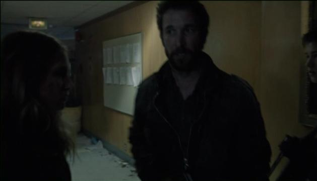 Falling Skies S2x07 Tom visit to fishhead 22
