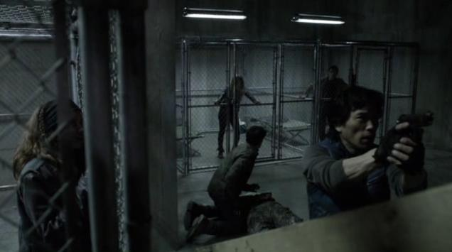 Falling Skies S2 X09 Dai defends