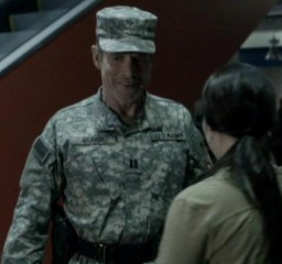 Falling Skies S2 X09 Weaver looking military