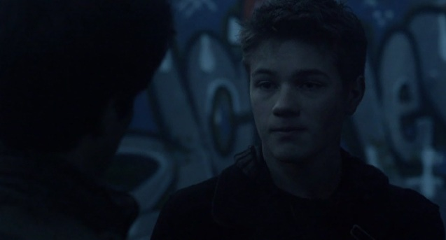 Falling Skies S2 x 10 Ben and Hal talking