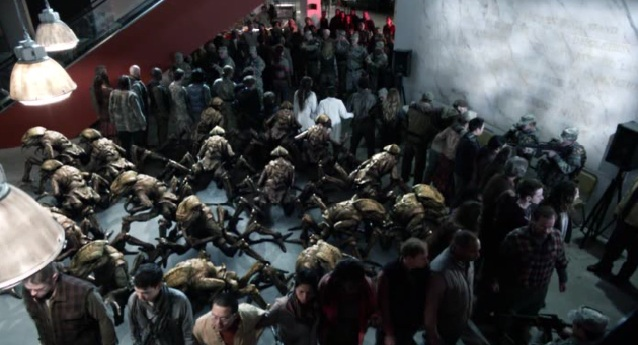 Falling Skies S2 x 10 Everyone helping the Rebel Skitters