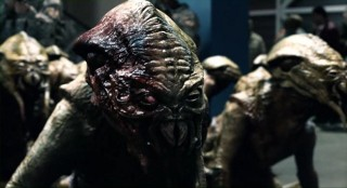 Falling Skies S2 x 10 Red eye