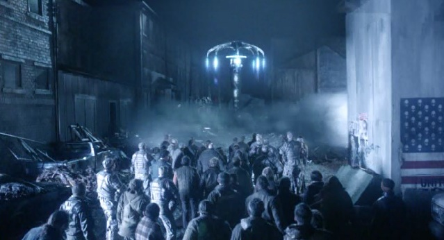 Falling Skies S2 x 10 spaceships