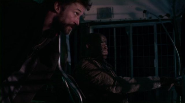 Falling Skies S2x08 - Tom Mason and Anthony chat about what is up ahead