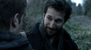 Falling Skies S2x08 - Tom chokes back tears at Bens decicion to leave
