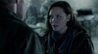Falling Skies S2x10 - Jeanne Weaver talks with Dad