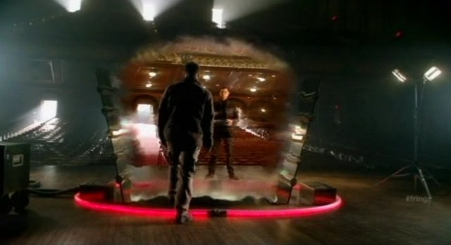 Fringe S4x08 - Through the Wormhole to The Other Side