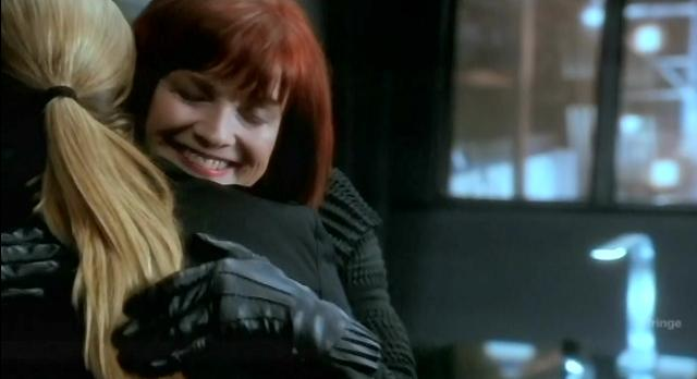 Fringe S4x10 Nina and Olivia