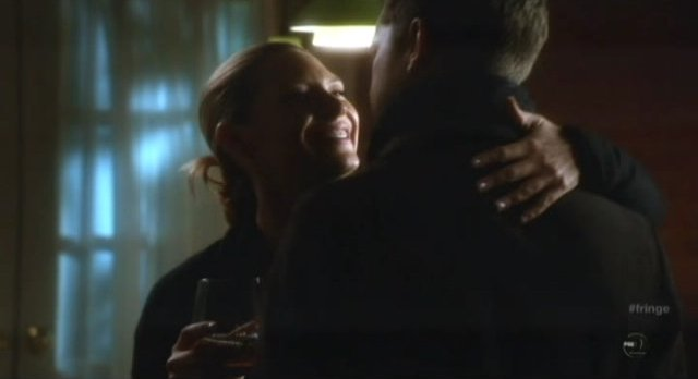 Fringe S4x12 - Olivia and Peter are happy together